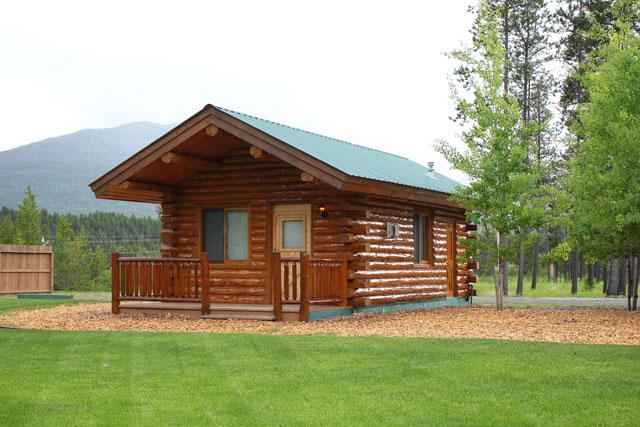 Private log cabin rentals west glacier montana for Cabin builders in arkansas