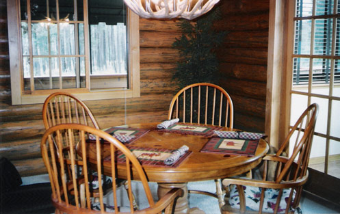dining room in deluxe chalet